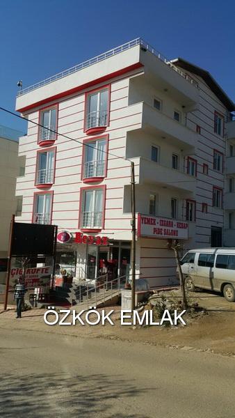 Armutlu'da Yatırım İçin Komple Satılık Bina Fırsatı