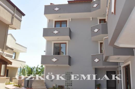 Hacı Mehmet ovasında satılık triplex villa