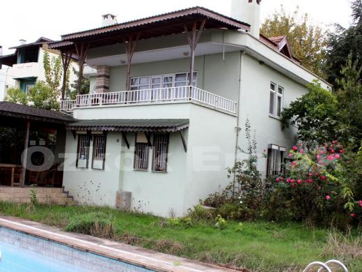 Termal de havuzlu villa