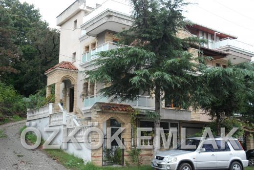 Termal Yolu Üzerinde Satılık İkiz Villa