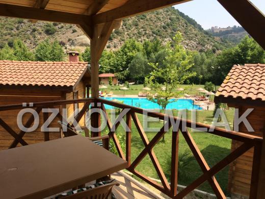 Yalova Altınova'da Satılık Hazır Turistik Tesis